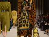Burberry-Prorsum-Womenswear-Autumn_Winter-2014---Look-25