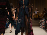 Burberry-Prorsum-Womenswear-Autumn_Winter-2014---Look-43