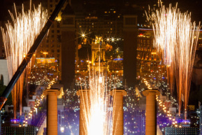 Barcelona opens 2015 with a groundbreaking show