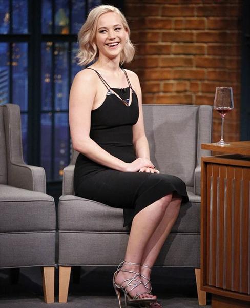 Jennifer Lawrence wearing Mugler ss2016