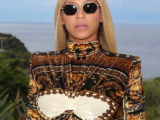 Beyoncé chose to wear Versace