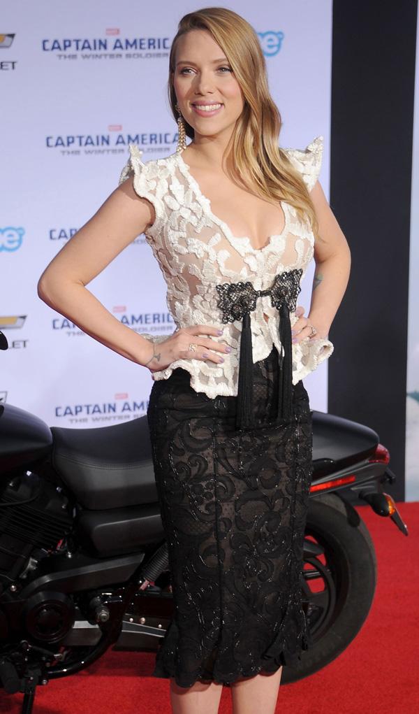 Scarlett Johannson wore a Giorgio Armani Privé