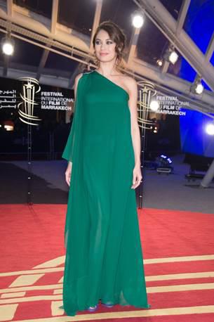 Elie Saab dresses Olga Kurylenko